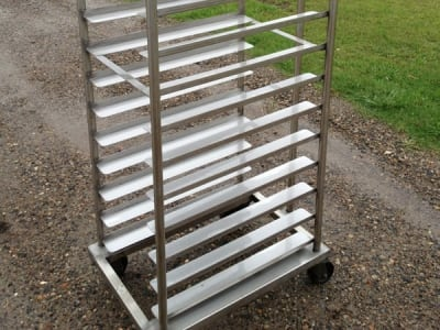 Soda Blasting Baking Trollies After, Food Equipment Cleaning